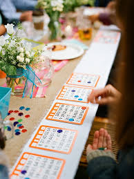 18 fun activities for your wedding cocktail hour