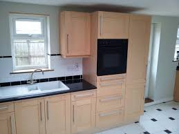 fitted kitchen ideas small fitted kitchens coryc me