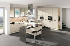 küche cremefarben stilvolle küchen ewe planungswelten