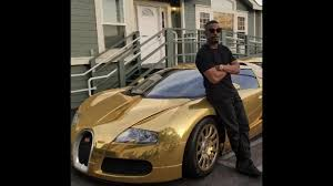 future rapper bugatti jamie foxx u0027pull up at future concert in 2 000 000 gold bugatti