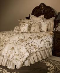 Michael Amini Bedding Sets Sooo Pretty Bedroom Dreams Pinterest Luxury Bedding Collections