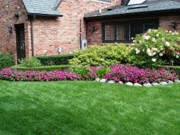 wonderful green landscaping ideas for front yard flower beds