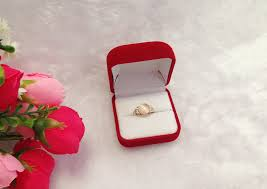 wedding ring in a box promotion women fashion jewelry display holder velvet gold