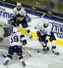 bentley college hockey railers rookie jeff kubiak makes transition from college to echl
