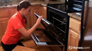 the glass door homes com diy experts how to clean the inside of oven glass doors