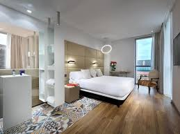 hotel avec dans la chambre barcelone chambres et suites avec de l hotel sb glow barcelona