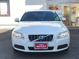 blue volvo station wagon 2011 volvo v70 drive e used car for sale at gulliver new zealand