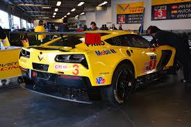 corvette c7 r 2015 corvette c7 r on track