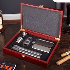 flask and cigar gift set 6 engravable