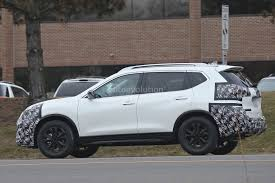green nissan rogue 2016 2017 nissan rogue spied with cosmetic updates autoevolution
