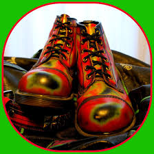 s army boots uk trippy 90 s dr martens thermal rub cap toe boots uk 10