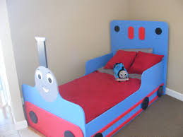 Thomas The Tank Room Decor by Thomas The Train Bed Can Anyone Make Me One Of These Kids