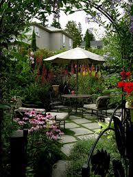 garden houses small contemporary courtyard gardens ideas small