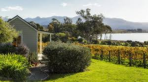 Cottages In New Zealand by Kina Beach Vineyard Cottages Tasman New Zealand Booking Com