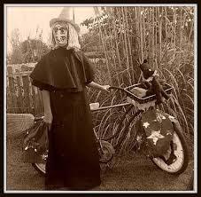 Creepiest Halloween Costumes 90 Creepy Tymey Hallowe U0027en Photos Images
