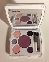 Em Makeup giveaway em phan tokyo plums palette never say die