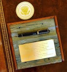 obama adds his style to oval office decor today com