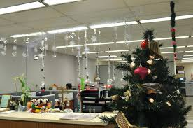 New Year Bay Decoration Themes by Articles With Desk Decoration Ideas Diy Tag Decorate Office Ideas