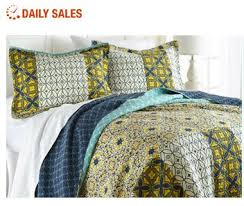 Quilts And Coverlets On Sale Https I Pinimg Com 736x C3 53 F8 C353f8bc440acac