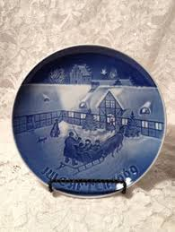 and grondahl annual plate for by therainydayshop