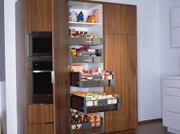 amenagement placard cuisine ikea armoire de rangement des provisions rangement dans
