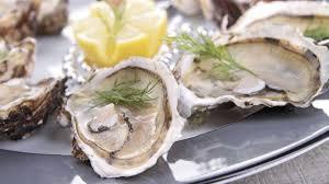 comment cuisiner des huitres comment choisir et ouvrir les huîtres l express styles