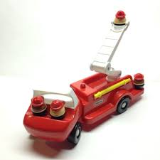 Little Tykes Toy Box Little Tikes Fire Truck U0026 4 Men Chunky People Vintage 80 S Toy Vgc