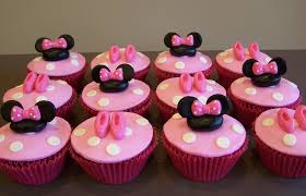 minnie mouse cupcakes minnie mouse cupcakes cupcakes made to match the cake flickr