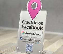 check in desk sign facebook check in sign desk socialmediasign com