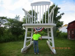 Biggest Chair In The World Two U003dthe Weird Ones