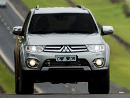 mitsubishi strada 2016 interior 2016 mitsubishi pajero dakar photography 237 wallpaper car