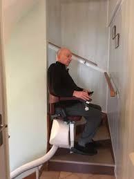 siege escalier siège monte escalier adapté aux escaliers courbe aratal habitat