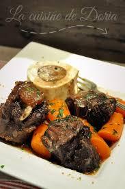 cuisiner la queue de boeuf joue et queue de boeuf carottes la cuisine de doria
