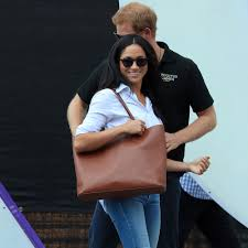 meghan markle carries the same chic and affordable tote as