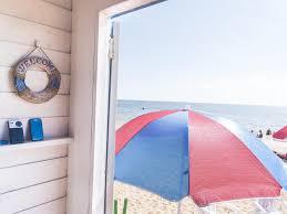 inside brighton beach u0027s bathing boxes