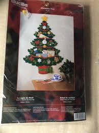 bucilla christmas tree greeting card holder felt wall hanging kit