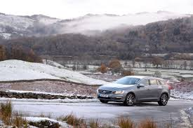 lexus is300h bik volvo v60 d5 twin engine review greencarguide co uk