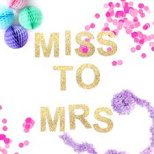 miss to mrs hen glitter garland by blossom