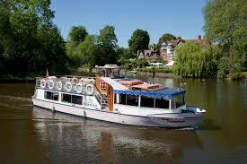 thames river boat hen party hen party venue boat hire windsor maidenhead thames berkshire