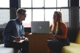 relation au bureau comment draguer au travail et séduire une collègue les meilleurs