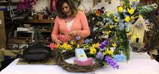 How To Make Flower Arra How To Make Silk Flower Wreaths Flower Arrangement Wonderhowto