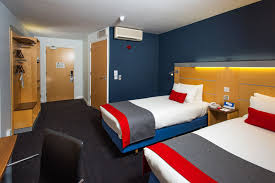 holiday inn express warwick stratford upon avon warwick hotels