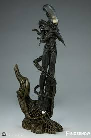 alien alien statue sideshow collectibles sideshow collectibles