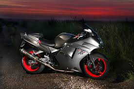 honda cbr sport file honda cbr1100xx during sunrise jpg wikimedia commons