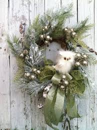 Elegant Christmas Wreath Decorating Ideas by Best 25 Owl Wreaths Ideas On Pinterest Grapevine Wreath