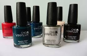 cnd vinylux weekly nail polish the two darlings