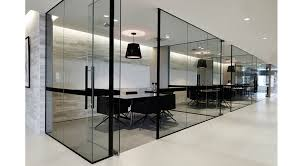 single glass partition prance