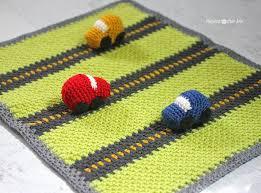 crochet race car