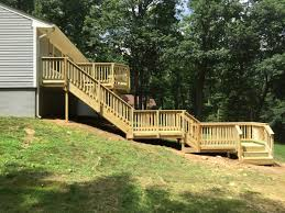 custom wooden deck in haymarket bull run valley construction