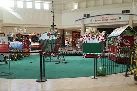under boycott threat nj malls bring back traditional christmas decor